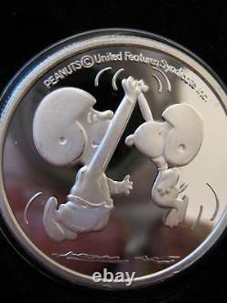 1-oz. 999 Silver Peanuts Gang Charlie Brown Snoopy Hi Five Football Coin+gold