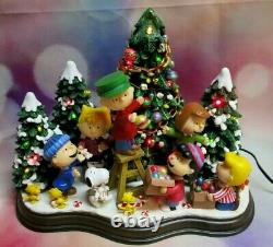 Danbury Mint Peanuts Charlie Brown Christmas Time is Here Lighted Figurine