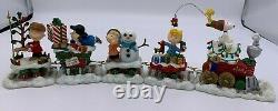 Danbury Mint Peanuts Christmas Train Holiday 5 Piece Snoopy Charlie Brown COA