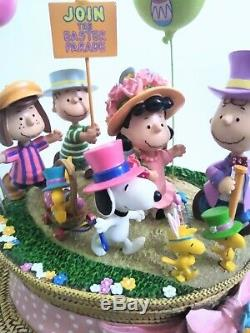 Danbury Mint Peanuts Hopping into Spring Easter Sculpture Snoopy Charlie Brown