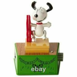 Hallmark 2017 Peanuts Christmas Dance Party Charlie Brown Lucy Snoopy Linus NEW