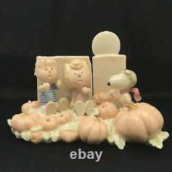 Lenox Peanuts Figurine The Great Pumpkin Patch Snoopy Linus Sally 406573 + Box