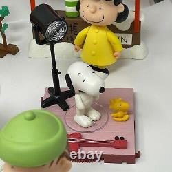 Peanuts Memory Lane Christmas Figure Lot Charlie Brown Lucy Snoopy Linus Frieda