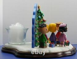 Peanuts Snoopy Charlie Brown Christmas Carolers Danbury Mint Candle New