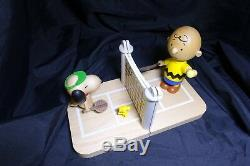 Peanuts Snoopy & Charlie Brown Tennis Bookends Peanuts gifts toys collection