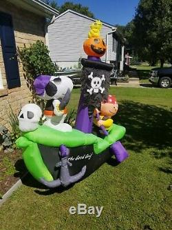 RARE Animated Halloween Charlie Brown Snoopy PirateShip airblown inflatable