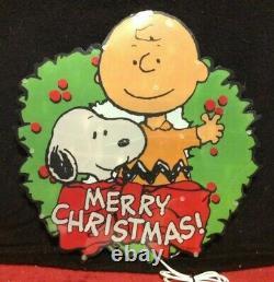 RARE Merry Christmas Snoopy Peanuts Charlie Brown Wreath Light Yard Art Decor