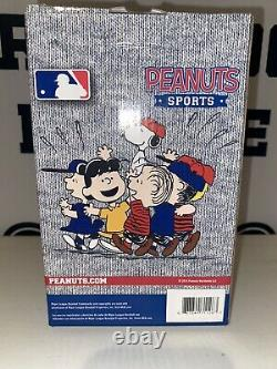 San Diego Padres Snoopy Dog House Peanuts Charlie Brown FoCo Not A Bobblehead