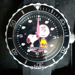 Snoopy Charlie Brown Wristwatch Black Peanuts