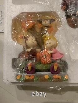 Snoopy Peanuts Charlie Brown Danbury Mint Halloween Train Figurine Set 2002