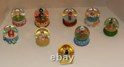 Snoopy Peanuts Charlie Brown Willabee & Ward Holiday Series Snow Globes Lot -WoW