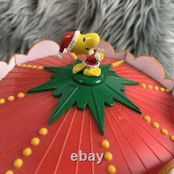 VTG Mr Christmas Peanuts Charlie Brown Snoopy Holiday Go Round Musical Carousel