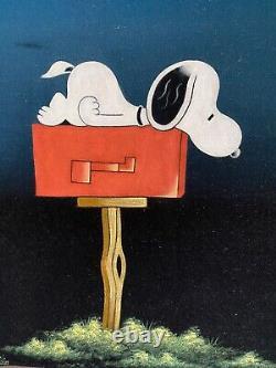 Vintage 1970s Snoopy Velvet Painting Mailbox Charlie Brown Clean! 19.75x23.75