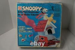 Vintage Charlie Brown Snoopy Flying Doghouse Red Baron VertiBird Sealed NOS