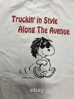 Vintage T Shirt Cosmic Charlie How Do You Do Snoopy Anvil White Charlie Brown