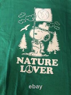 Vintage T Shirt Green Snoopy Nature Lover Peanuts Brand Size L Charlie Brown