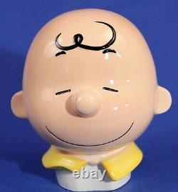 Vintage Westland Giftware Peanuts SNOOPY Hugging CHARLIE BROWN 13 1/2 Cookie Jar