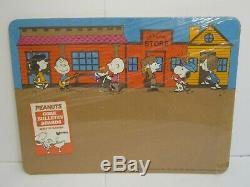 Vtg 1960s Cartoon Charlie Brown Peanuts Snoopy Woodstock Cork Bulletin Board NOS