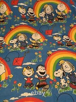 Vtg Peanuts Charlie Brown Snoopy Twin Bedspread Rainbow Pride Sheet Coverlet