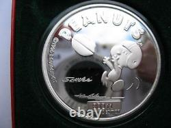 1 Oz. 999 Silver Peanuts Gang Charlie Brown Snoopy Football Receiver Coin+gold
