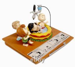 2018 Peanuts IL Est Votre Dog Charlie Brown Edition Limitée Figurine Par Hallmark