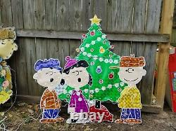 Arachide Charlie Brown Snoopy Caroler Arbre De Noël Halloween Grande Citrouille Lumière