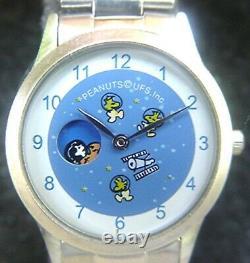 Arachides Astronaute Snoopy Charlie Brown & Woodstock Fine Montre Mib A