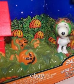 C'est La Grande Citrouille Charlie Brown Snoopy World War One Flying Ace