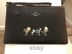 Coach Snoopy Charlie Brown N Friends Black Leather Wristlet Peanuts
