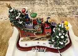 Danbury Mint Charles Schultz Peanuts Christmas Sleigh Charlie Brown Snoopy