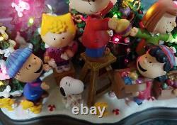 Danbury Mint Christmas Time Est ICI Peanuts Gang Charlie Brown Snoopy Woodstock