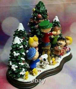 Danbury Mint Peanuts Charlie Brown Le Temps De Noël Est ICI Figurine Allumée