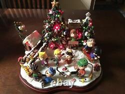 Danbury Mint Peanuts Christmas Ice Skating Party Snoopy Charlie Brown Rare