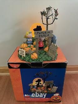 Dept 56 Peanuts Halloween Son Grand Pumpkin Snoopy Charlie Brown #59095