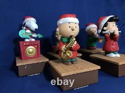 Hallmark 2011 Musical Peanuts Bande Sans Fil Essais Et Travail Lire La Description