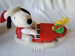 Hallmark Peanuts Charlie Brown En Peluche De Noël Ensemble Complet Lot Piano Snoopy 2009