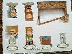 Hallmark Peanuts Gang Charlie Brown Snoopy Retraité Nativité Full Set 11 Pièce