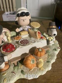 Lenox Merci Figurine Peanuts Gang Charlie Brown Snoopy Thanksgiving Mint