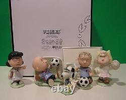 Lenox Peanuts Soccer Set New In Box Withcoa Snoopy Linus Lucy Charlie Brown Sally