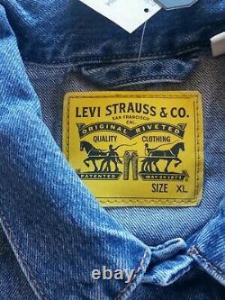 Levi's Trucker Jacket Arachides Flambant Neuves Charlie Brown Snoopy Charles Schulz