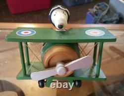 Peanuts Snoopy Charlie Brown Vintage Wooden Sopwith Camel Plane Music Box 1970