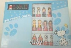 Peanuts Snoopy, Charlie Brown, Woodstock, Lucy 3-d Chess Game, Flambant Neuf, Htf