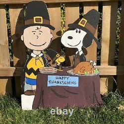 Peanuts Thanksgiving Yard Art 40 Charlie Brown Snoopy Lawn Décoration De Vacances