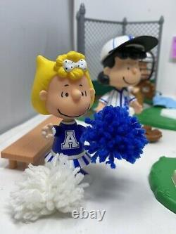 Tous Les Arachides Étoilées Charlie Brown Baseball Figurine Lot Set Playset Snoopy Rare Htf