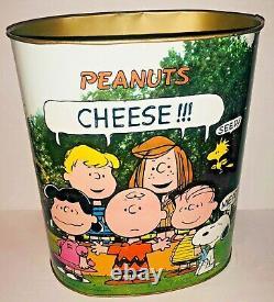 Vintage Années 1960 Peanuts Charlie Brown Snoopy Metal Tin Poubelle Cheinco USA