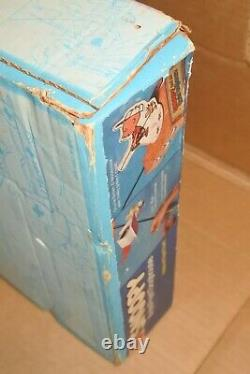 Vintage Charlie Brown Snoopy Flying Doghouse Red Baron Mattel Nos 1965