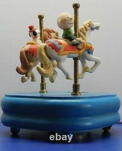 Vintage Peanuts Snoopy Charlie Brown Carousel Ceramic Willetts Music Box Rare