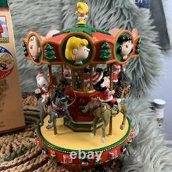 Vtg Mr Christmas Peanuts Charlie Brown Snoopy Holiday Go Round Carrousel Musical