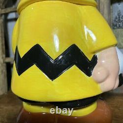 Westland Giftware Charlie Brown Et Snoopy Ceramic Cookie Jar 13.5 Pouces De Hauteur